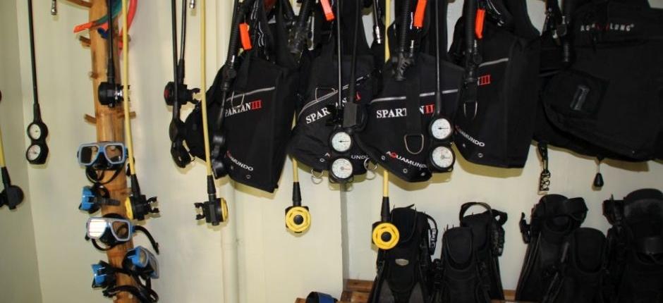 Dive Shop & Equipment Rental - Wellbeach Scuba Diving Resort